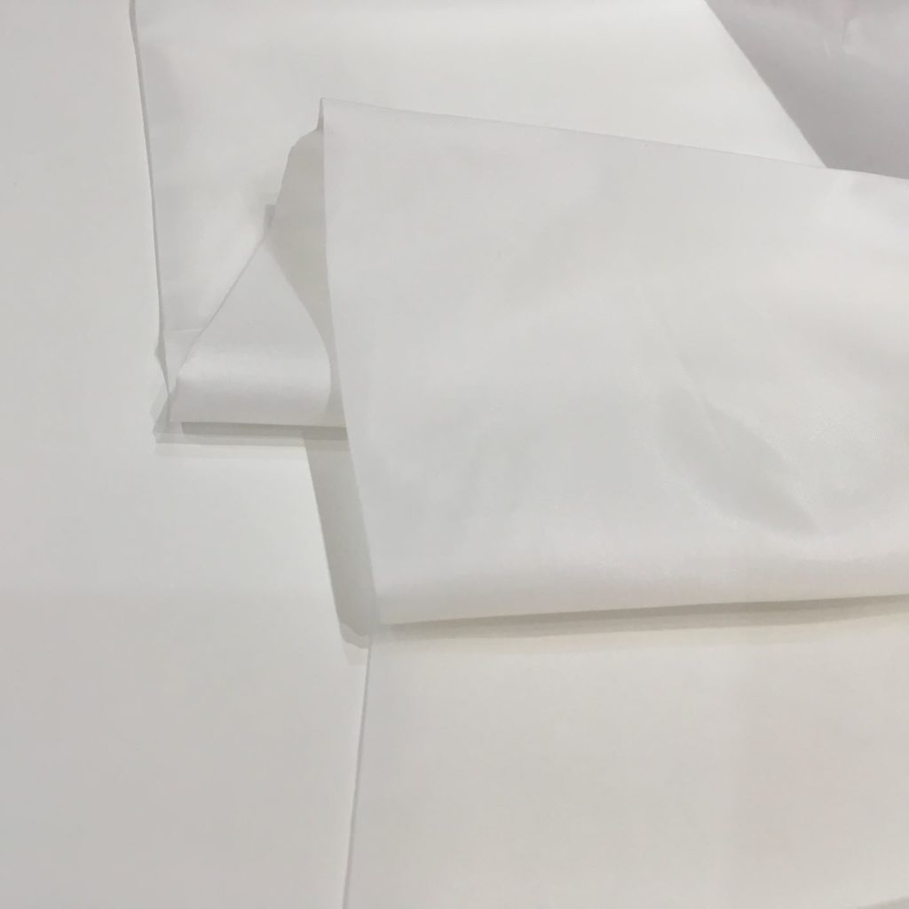 Anti Static Dress Lining White Per Metre